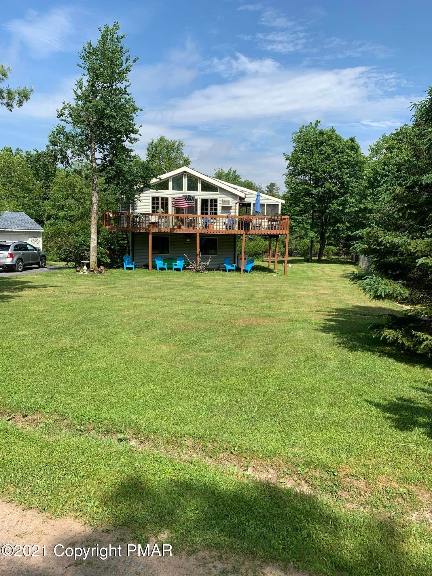 2. Single Family Homes for Sale at 27 N Shore Dr Gouldsboro, Pennsylvania 18424 United States