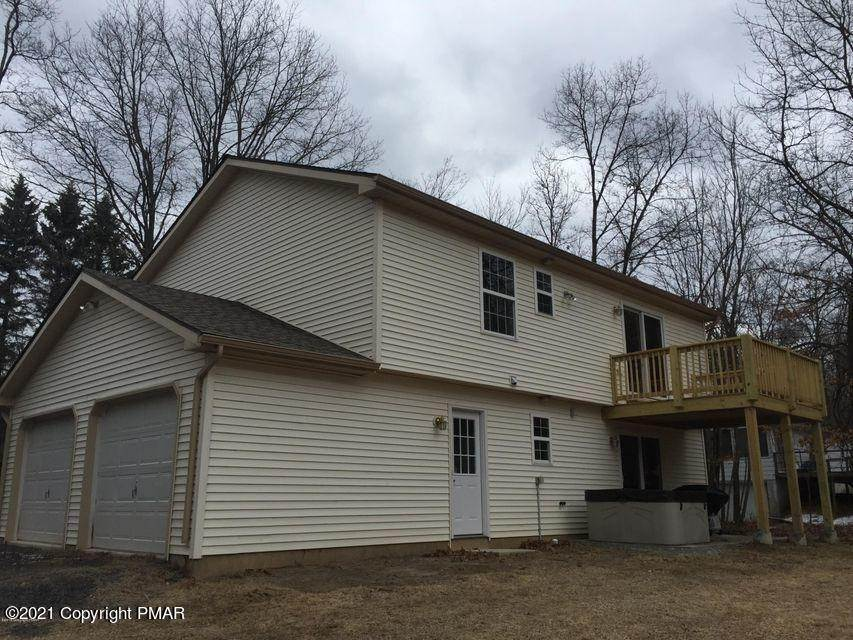 26. Single Family Homes for Sale at 168 Sassafras Rd Albrightsville, Pennsylvania 18210 United States