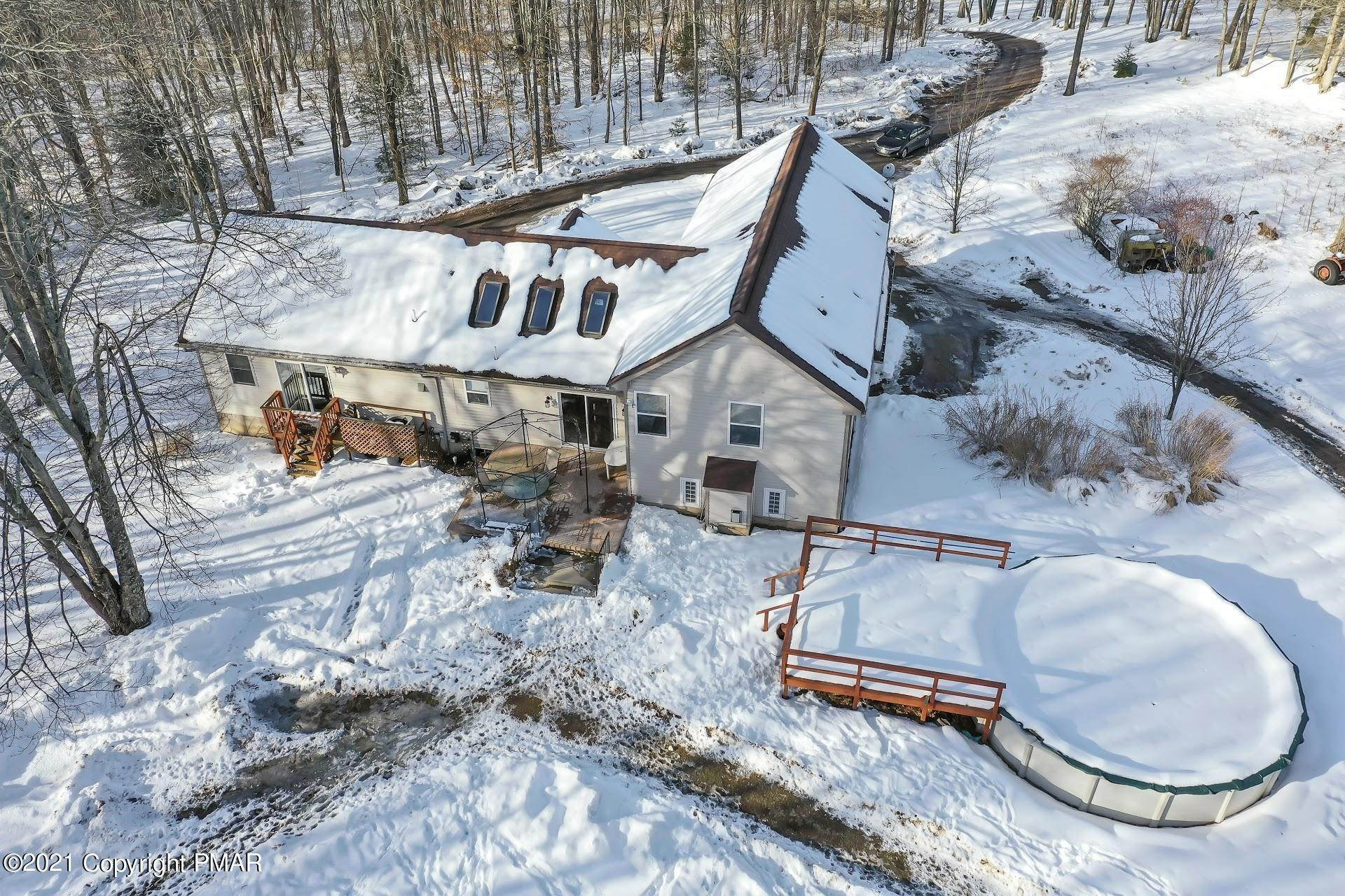 44. Single Family Homes for Sale at 232 Cherry Lane Rd Bartonsville, Pennsylvania 18321 United States