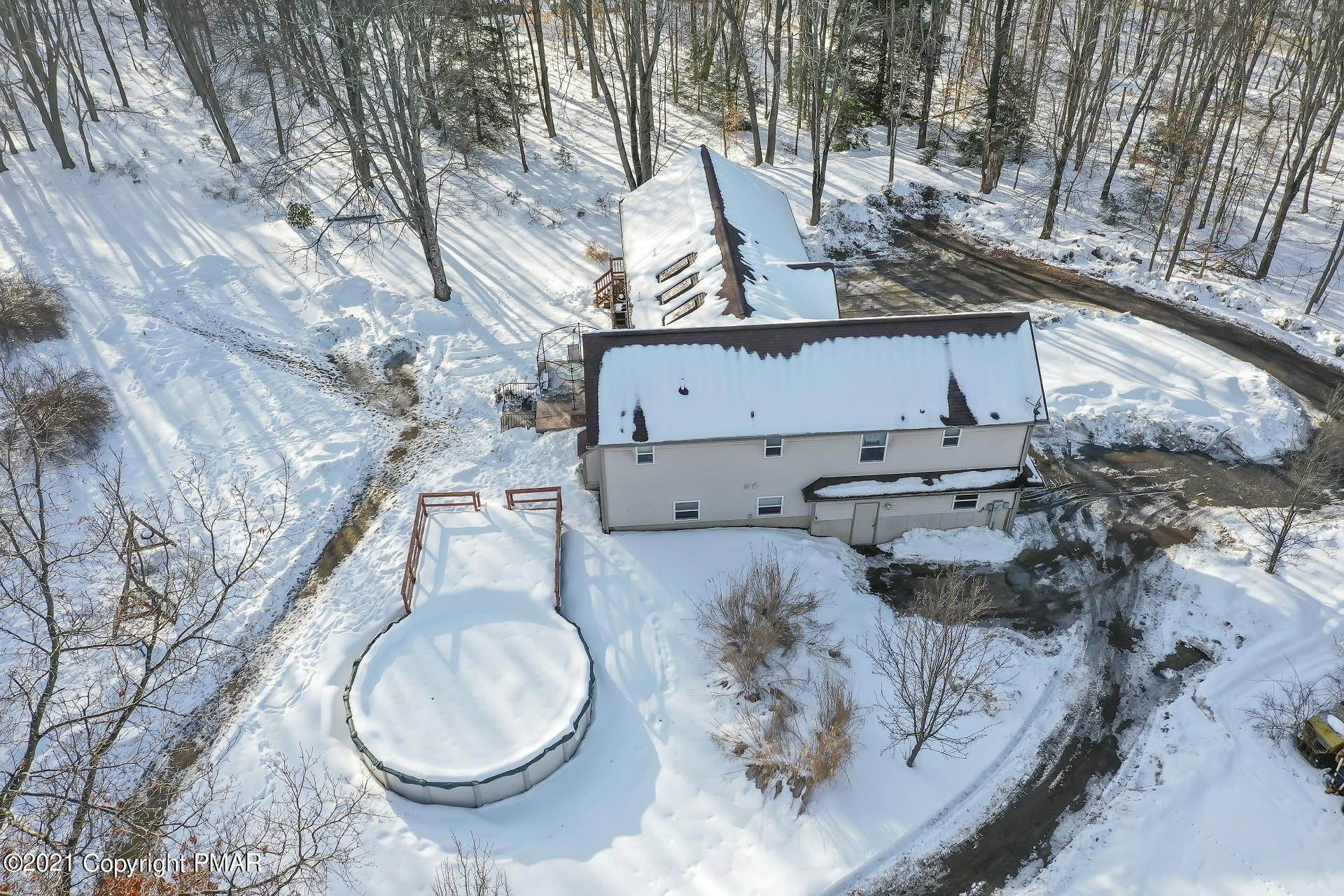 45. Single Family Homes for Sale at 232 Cherry Lane Rd Bartonsville, Pennsylvania 18321 United States