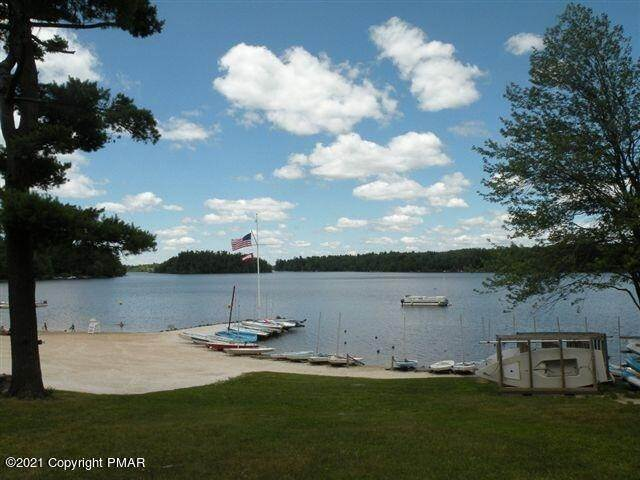 26. Single Family Homes for Sale at 6248 Lakeview Drive Pocono Pines, Pennsylvania 18350 United States