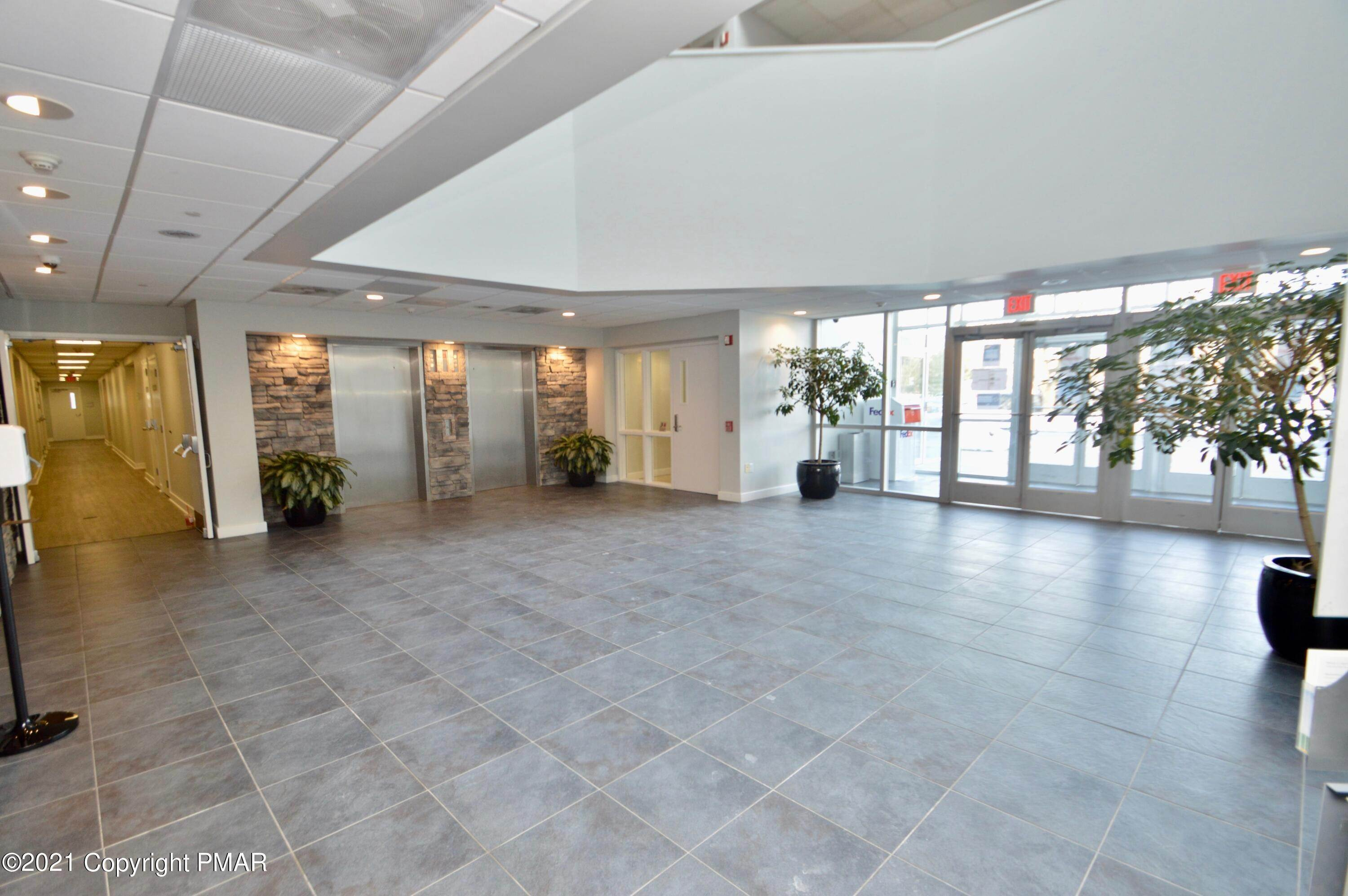 7. Commercial for Sale at 95 Highland Ave Suite 209 Bethlehem, Pennsylvania 18017 United States