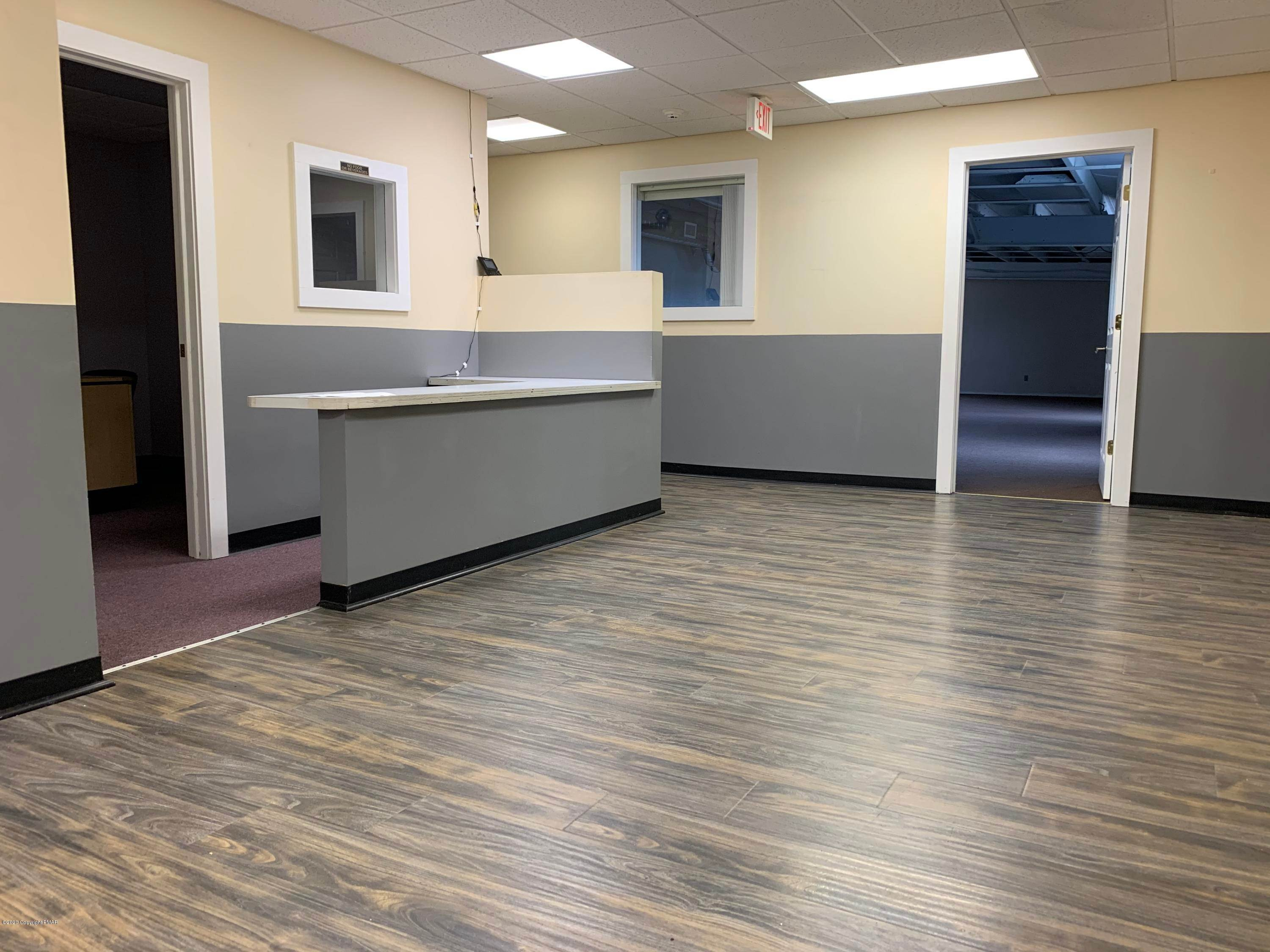 5. Commercial for Sale at 2936 Route 611, School-1 Tannersville, Pennsylvania 18372 United States