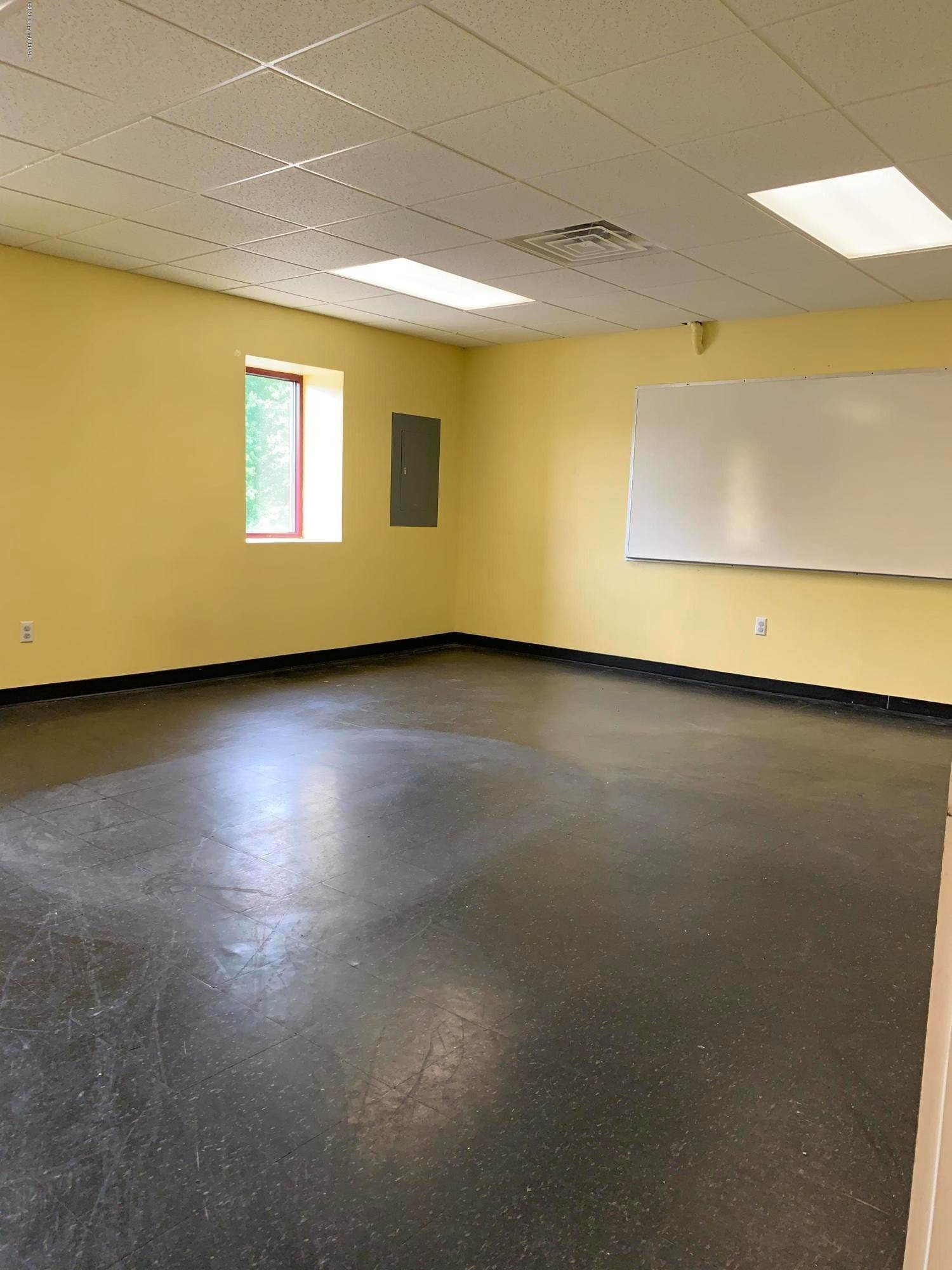 Commercial for Sale at 2936 Route 611, School-1 Tannersville, Pennsylvania 18372 United States