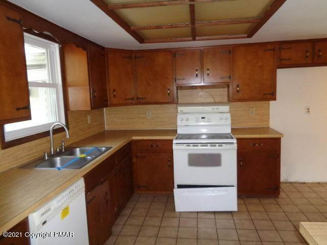 2. Single Family Homes for Sale at 5444 Deerfield Dr East Stroudsburg, Pennsylvania 18301 United States