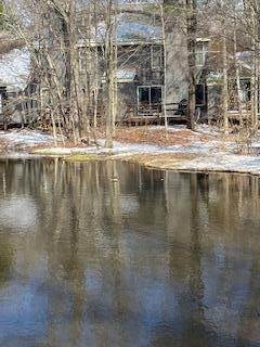 17. Single Family Homes for Sale at 25 Snow Shoe Lake Harmony, Pennsylvania 18624 United States
