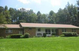 Single Family Homes for Sale at 106 Vo Tech Rd Bartonsville, Pennsylvania 18321 United States