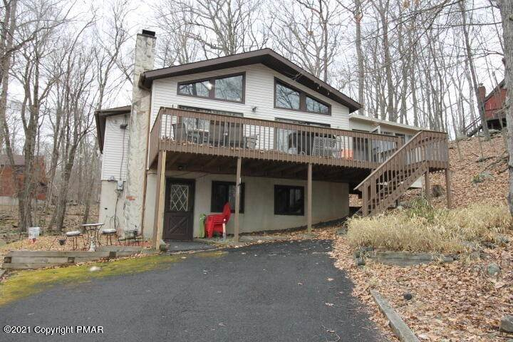 Single Family Homes for Sale at 105 Saunders Dr Bushkill, Pennsylvania 18324 United States