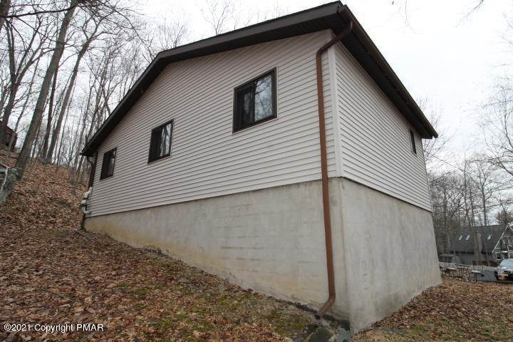 21. Single Family Homes for Sale at 105 Saunders Dr Bushkill, Pennsylvania 18324 United States