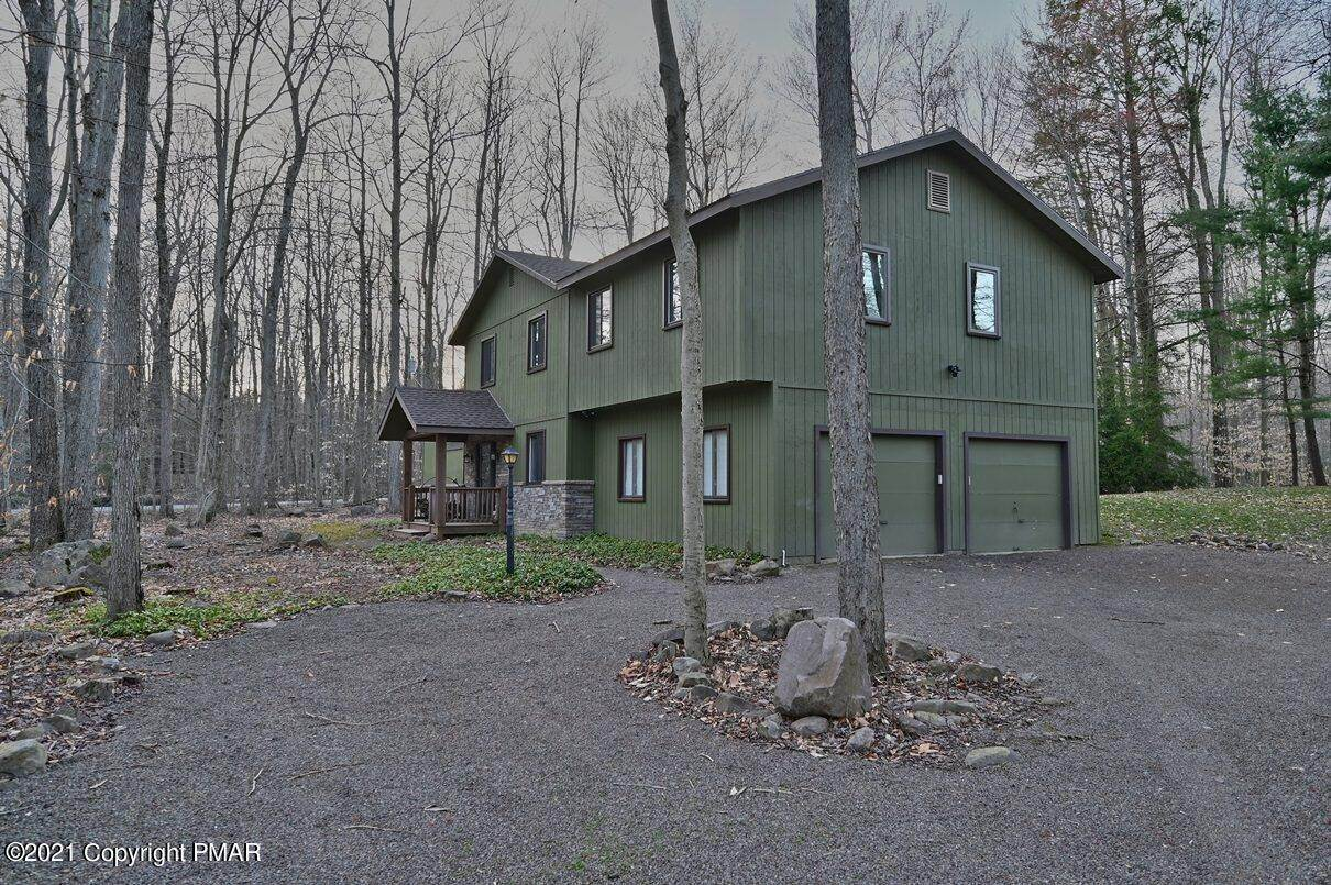 68. Single Family Homes for Sale at 1507 Beech Spring Drive Pocono Pines, Pennsylvania 18350 United States