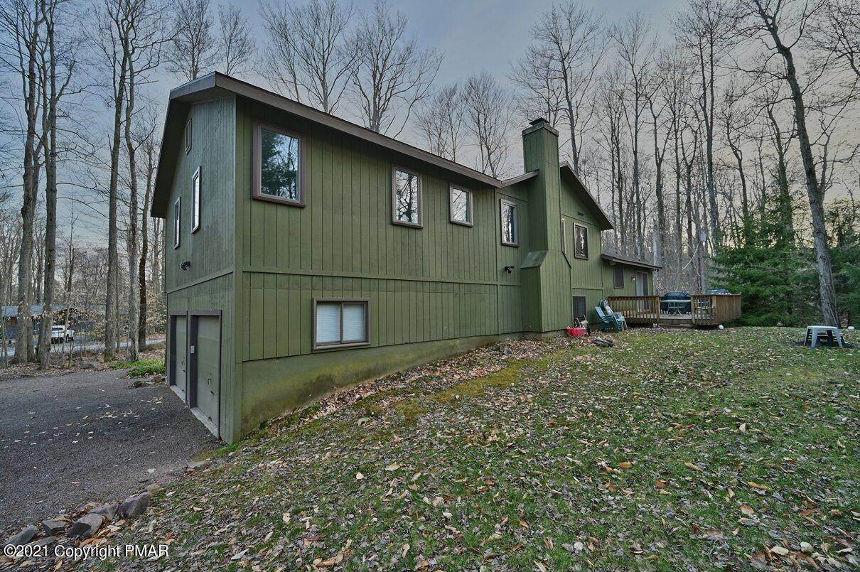 72. Single Family Homes for Sale at 1507 Beech Spring Drive Pocono Pines, Pennsylvania 18350 United States