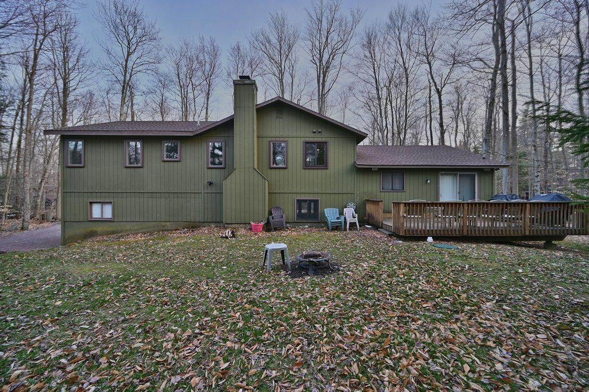 73. Single Family Homes for Sale at 1507 Beech Spring Drive Pocono Pines, Pennsylvania 18350 United States