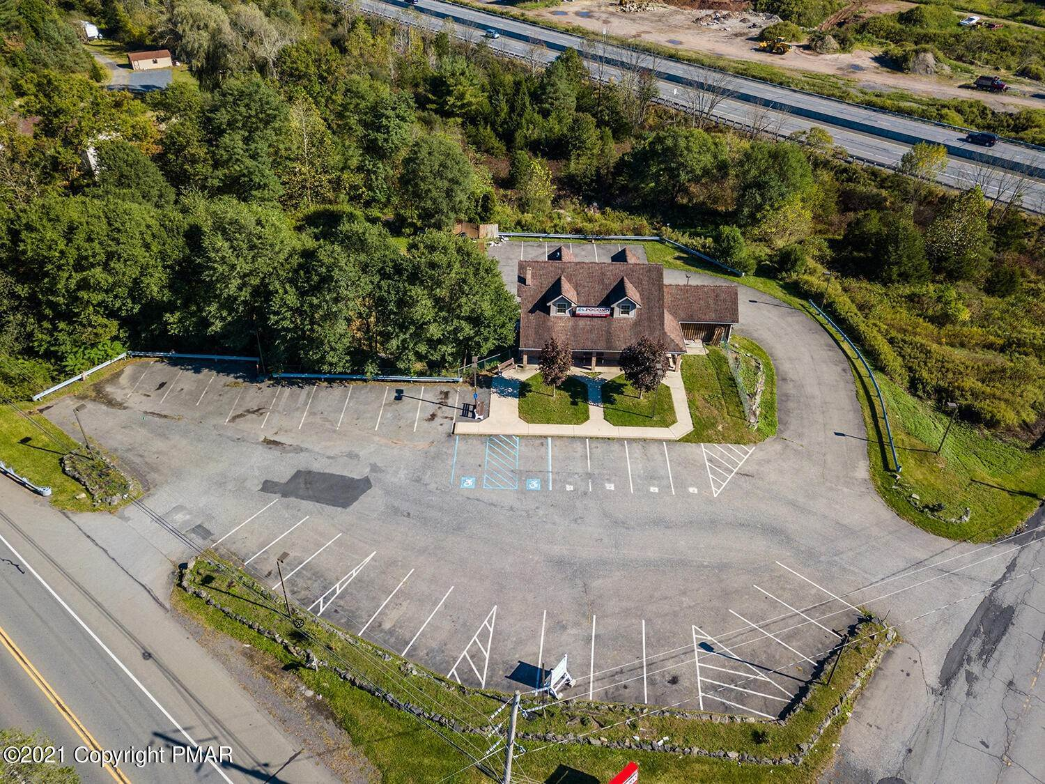 4. Commercial for Sale at 6568 Route 209 Stroudsburg, Pennsylvania 18360 United States