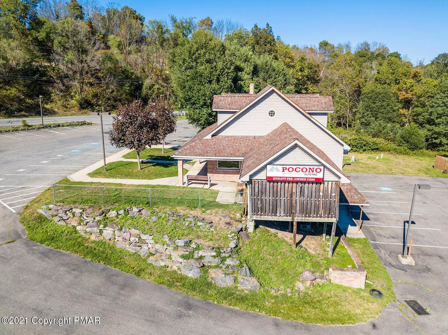 10. Commercial for Sale at 6568 Route 209 Stroudsburg, Pennsylvania 18360 United States
