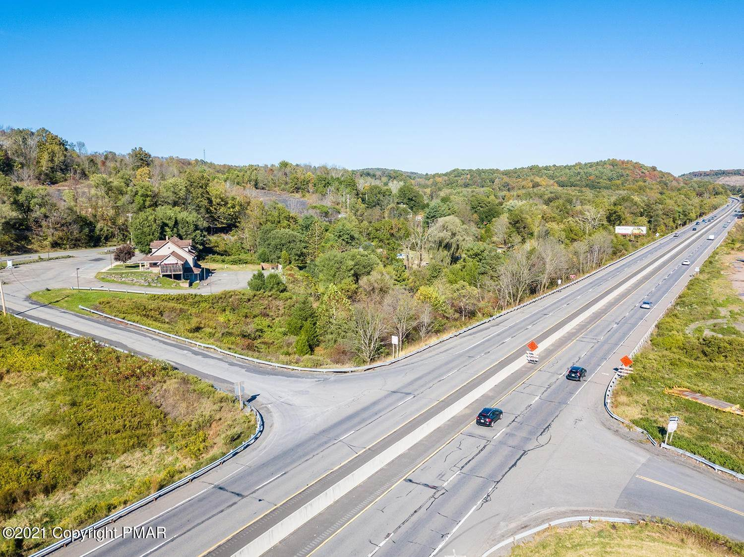 21. Commercial for Sale at 6568 Route 209 Stroudsburg, Pennsylvania 18360 United States