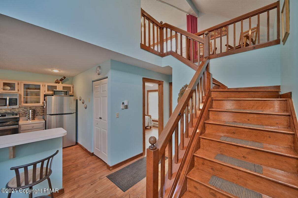 21. Single Family Homes for Sale at 416 Hickory Dr Tannersville, Pennsylvania 18372 United States
