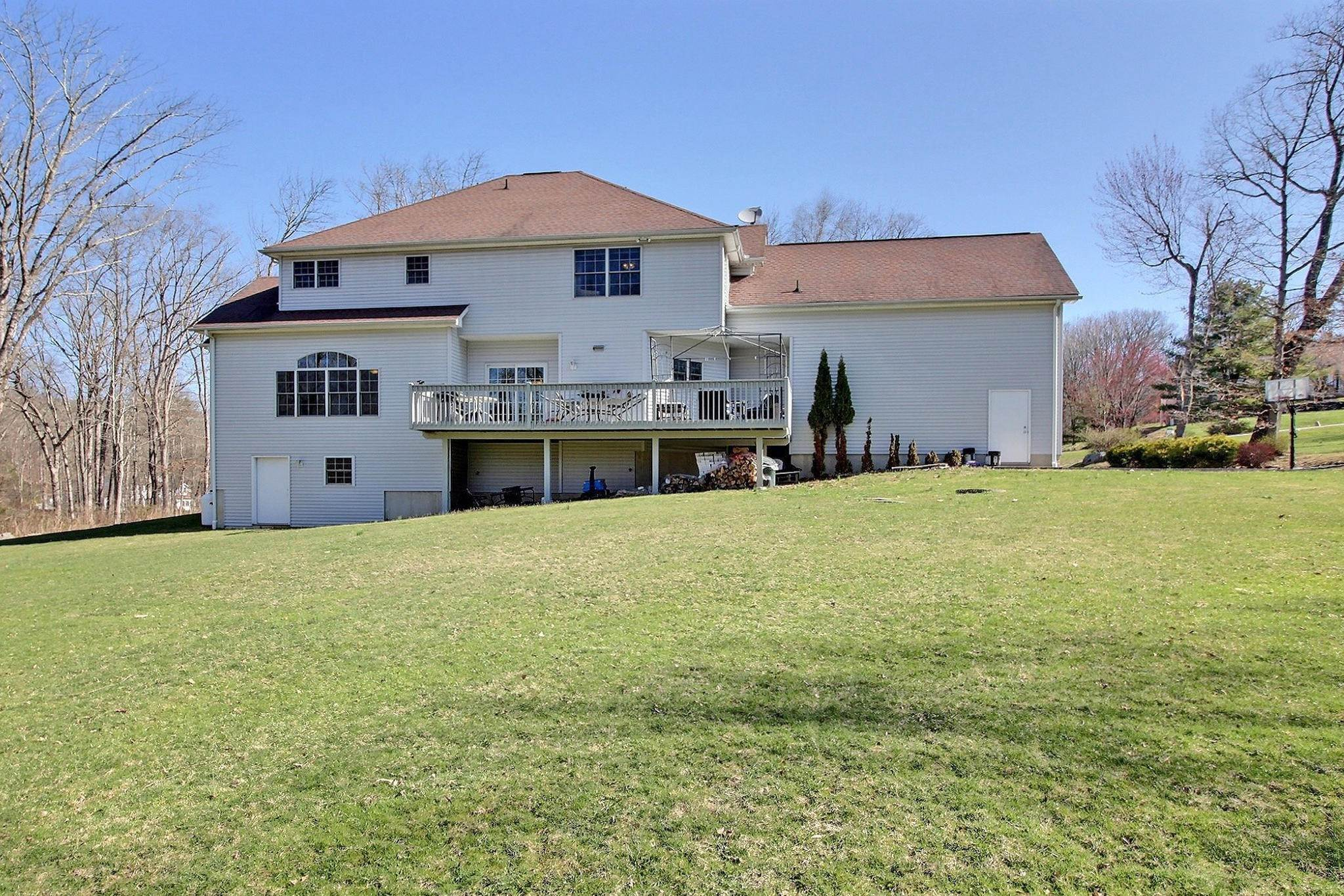 40. Single Family Homes for Sale at 3327 Parker Ln East Stroudsburg, Pennsylvania 18301 United States