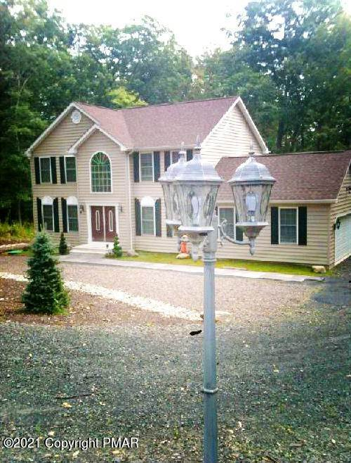 17. Single Family Homes for Sale at 2199 Lancaster Dr Bushkill, Pennsylvania 18324 United States