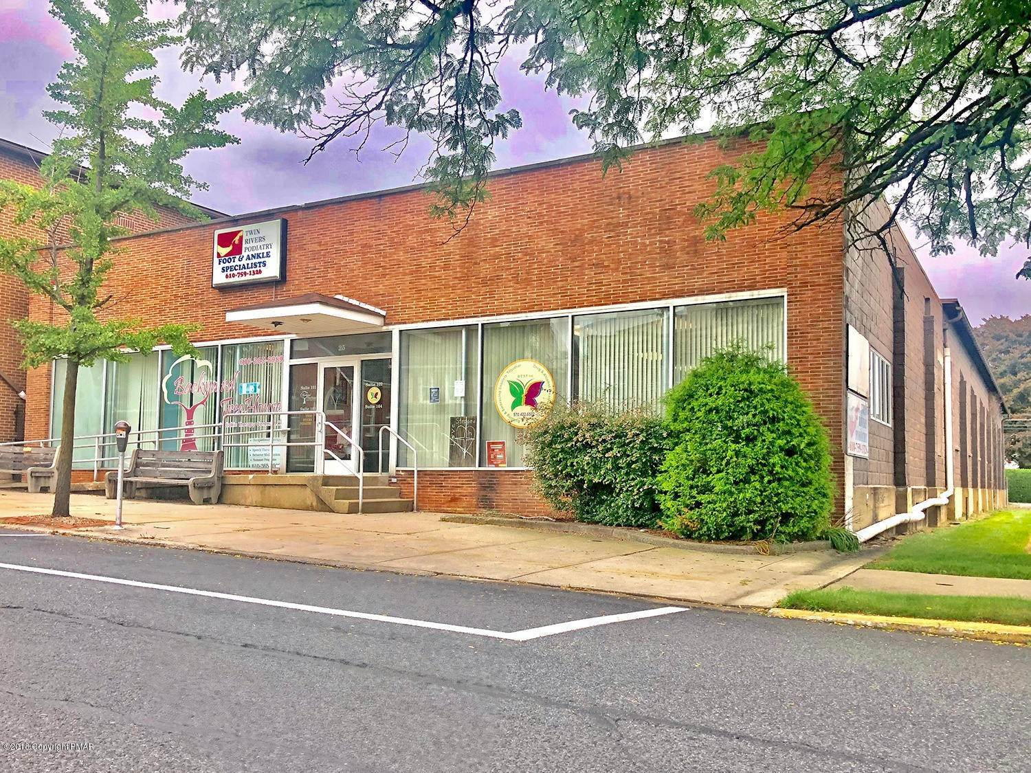 Commercial for Sale at 25 S Broad St Nazareth, Pennsylvania 18064 United States