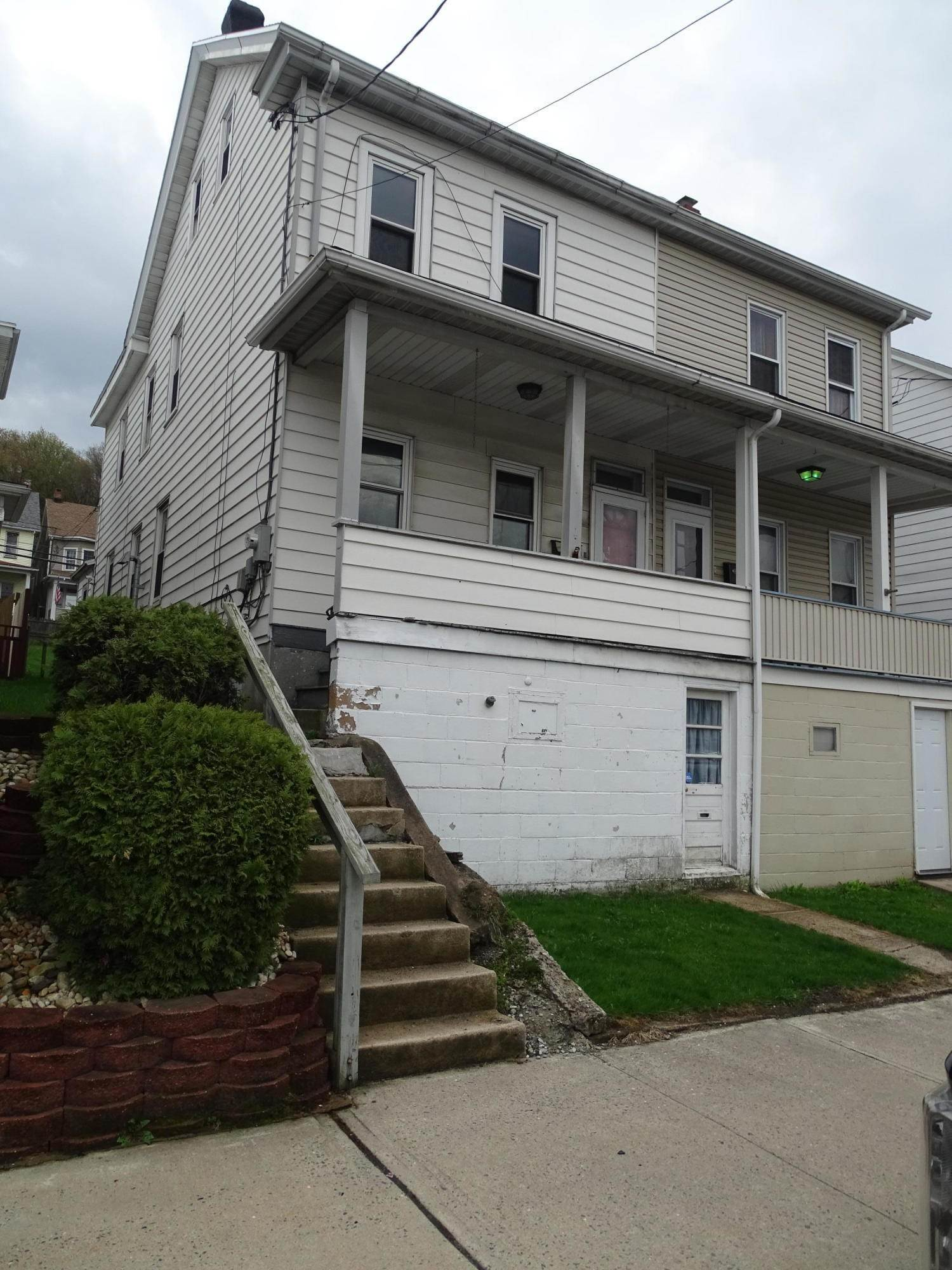 1. Single Family Homes for Sale at 40 E Abbott St Lansford, Pennsylvania 18232 United States