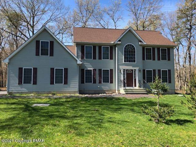 Single Family Homes for Sale at 504 Gandolf Rd Tamiment, Pennsylvania 18324 United States