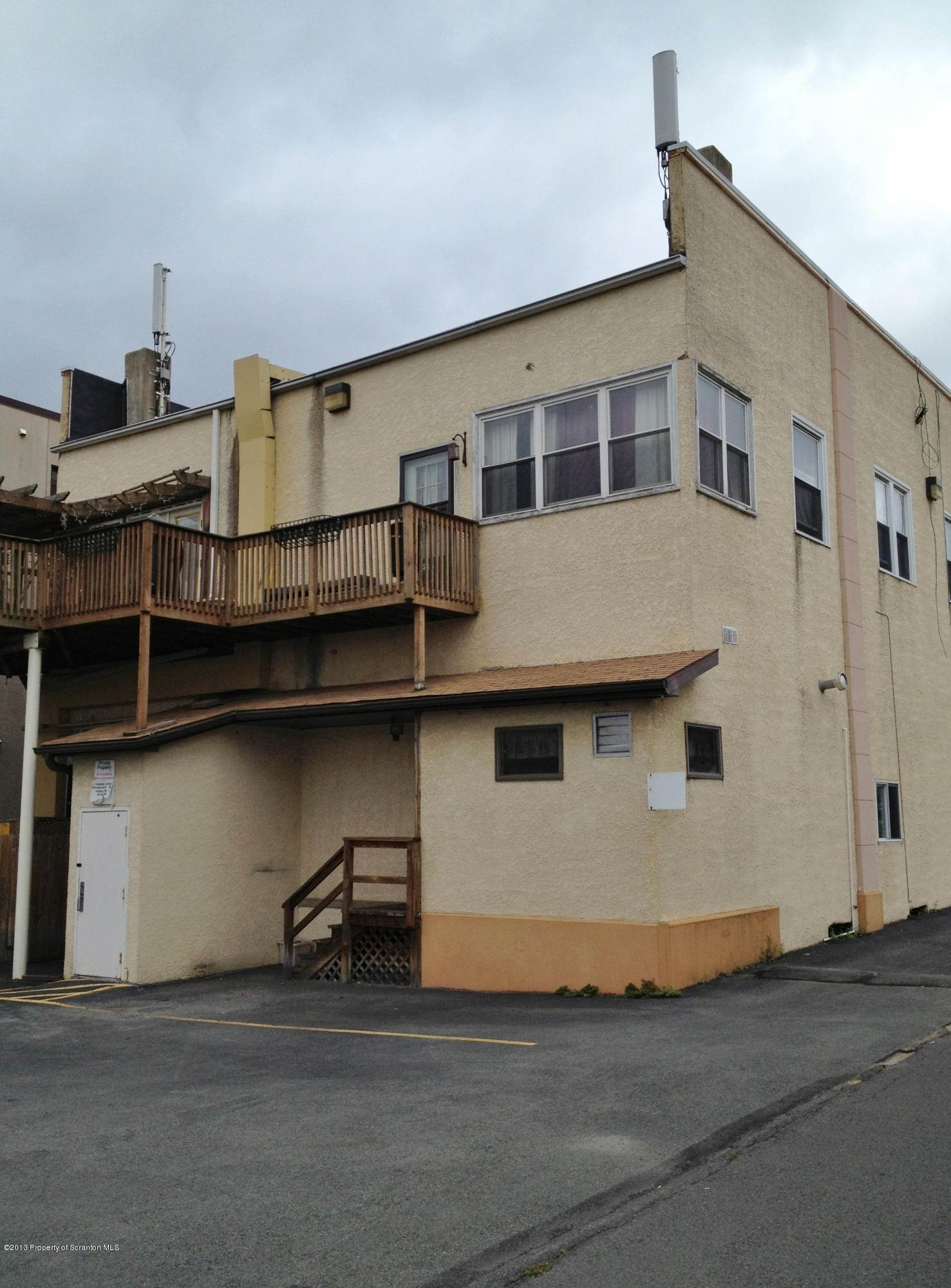 2. Commercial for Rent at 228 Main St Old Forge, Pennsylvania 18518 United States