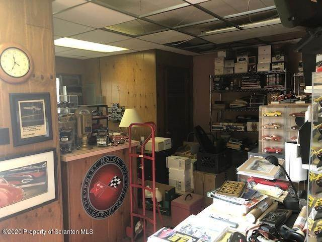 8. Commercial for Sale at 289 Wyoming Ave Kingston, Pennsylvania 18704 United States