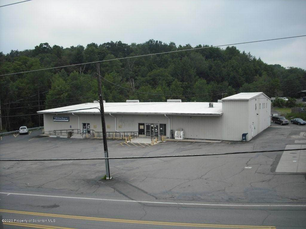5. Commercial for Rent at 208 Main St Moscow, Pennsylvania 18444 United States