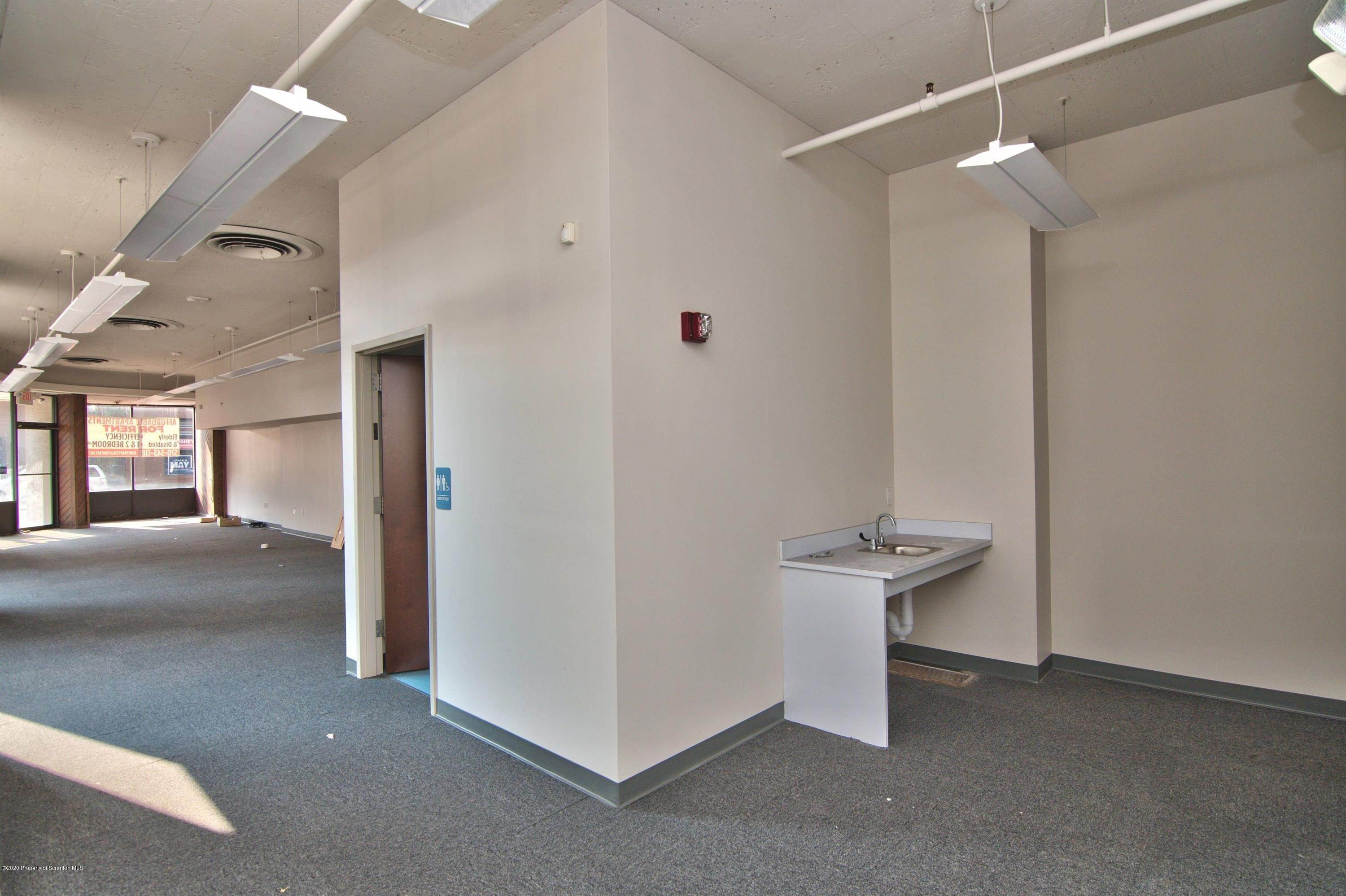 9. Commercial for Rent at 139 Wyoming Ave Scranton, Pennsylvania 18503 United States