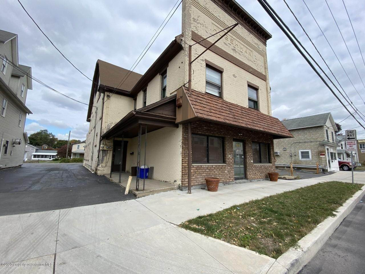 3. Commercial for Sale at 524 Main St Peckville, Pennsylvania 18452 United States