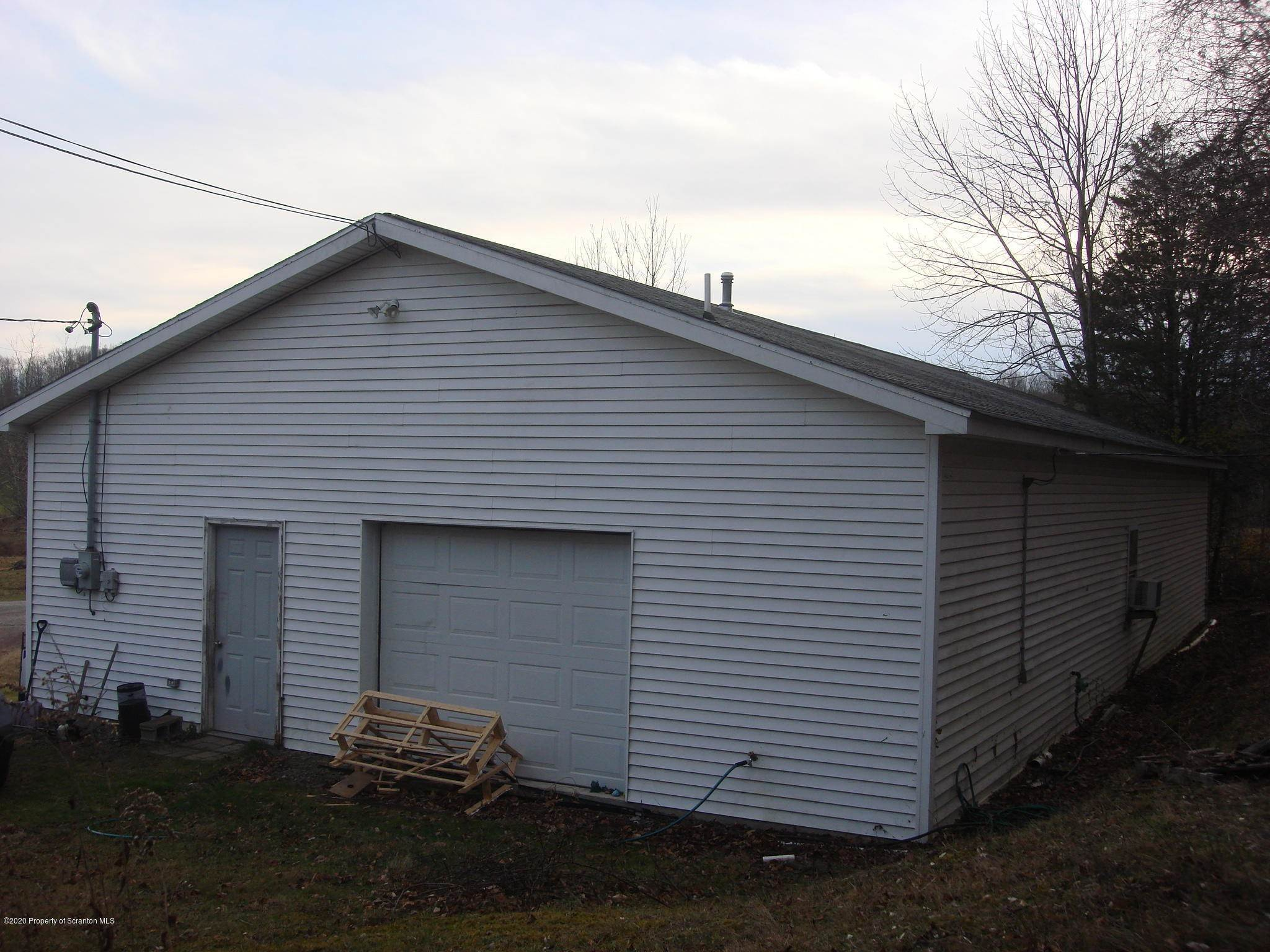 23. Commercial for Sale at 301 Harvey Ln Tunkhannock, Pennsylvania 18657 United States