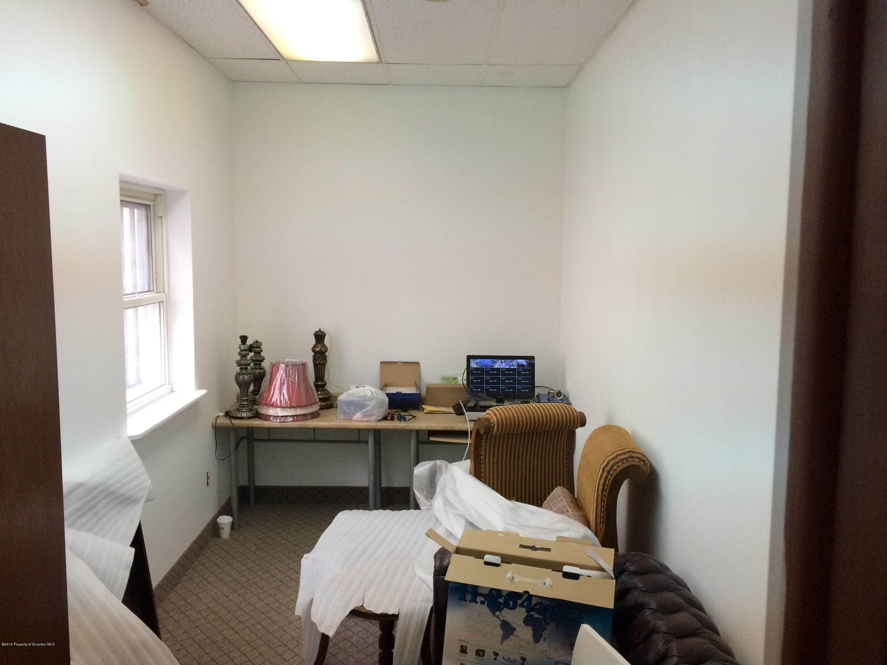 4. Commercial for Rent at 525 Scott St Wilkes Barre, Pennsylvania 18702 United States