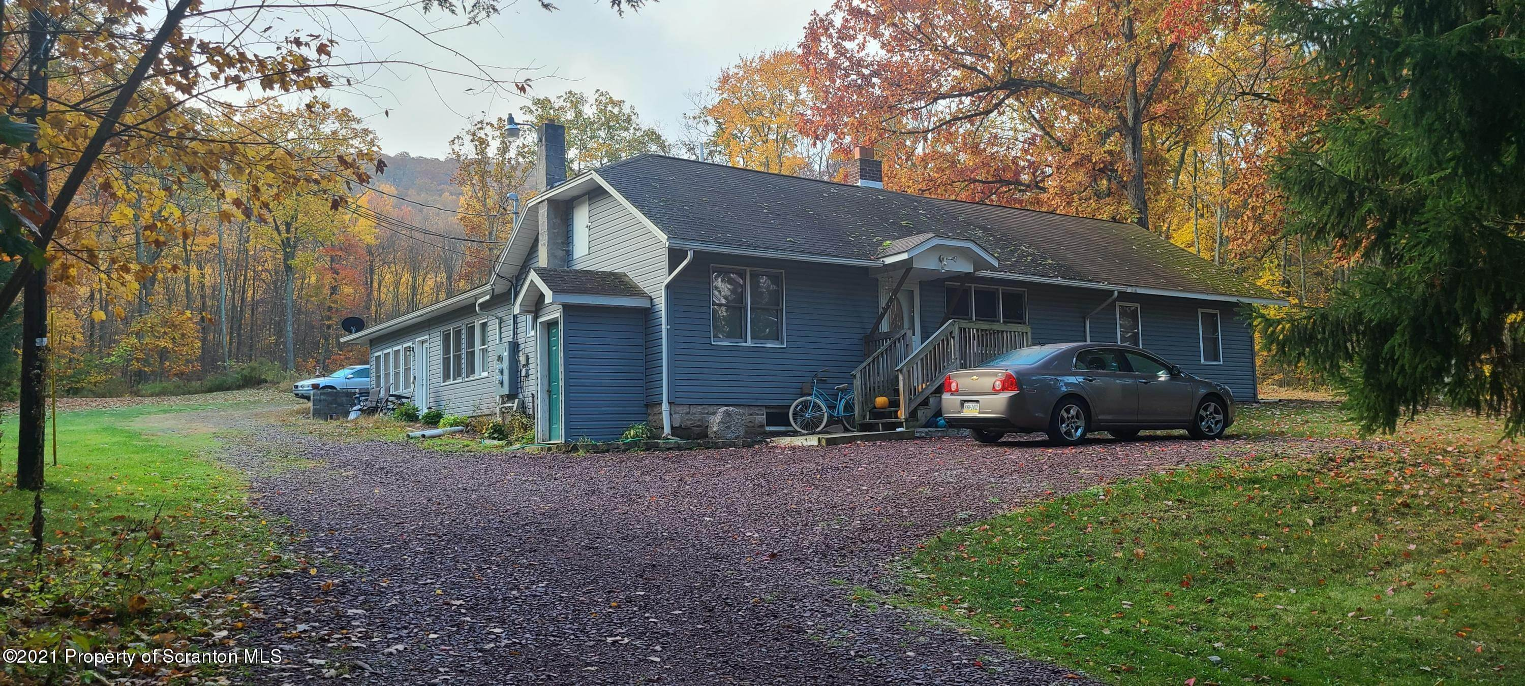 Property for Sale at 678 Mountain Blvd Mountain Top, Pennsylvania 18707 United States