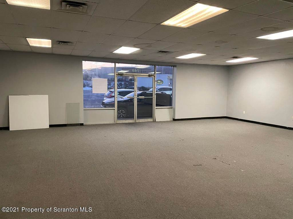 4. Commercial for Rent at 749 Oak St Scranton, Pennsylvania 18508 United States