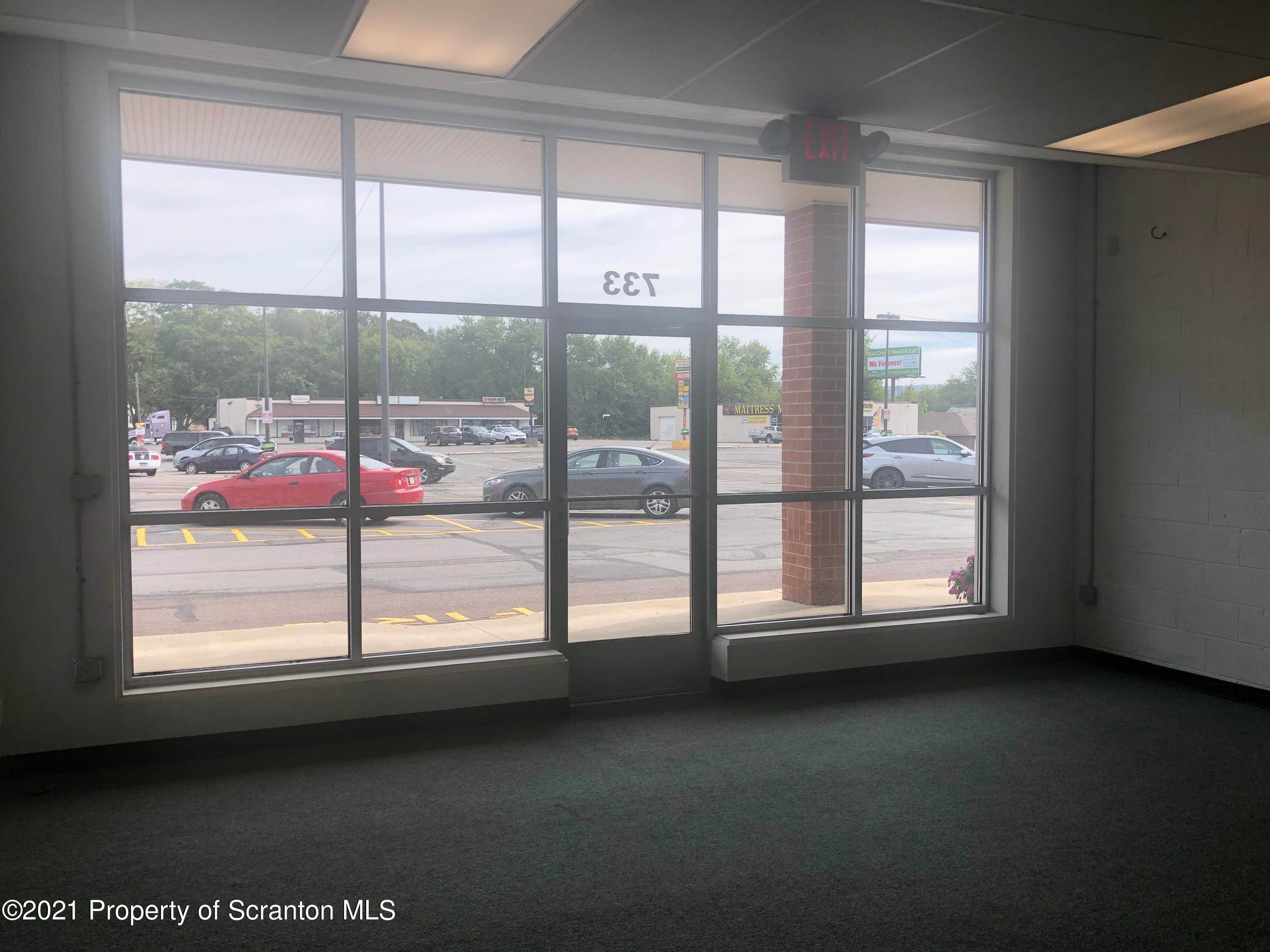 4. Commercial for Rent at 733 Oak St Scranton, Pennsylvania 18508 United States