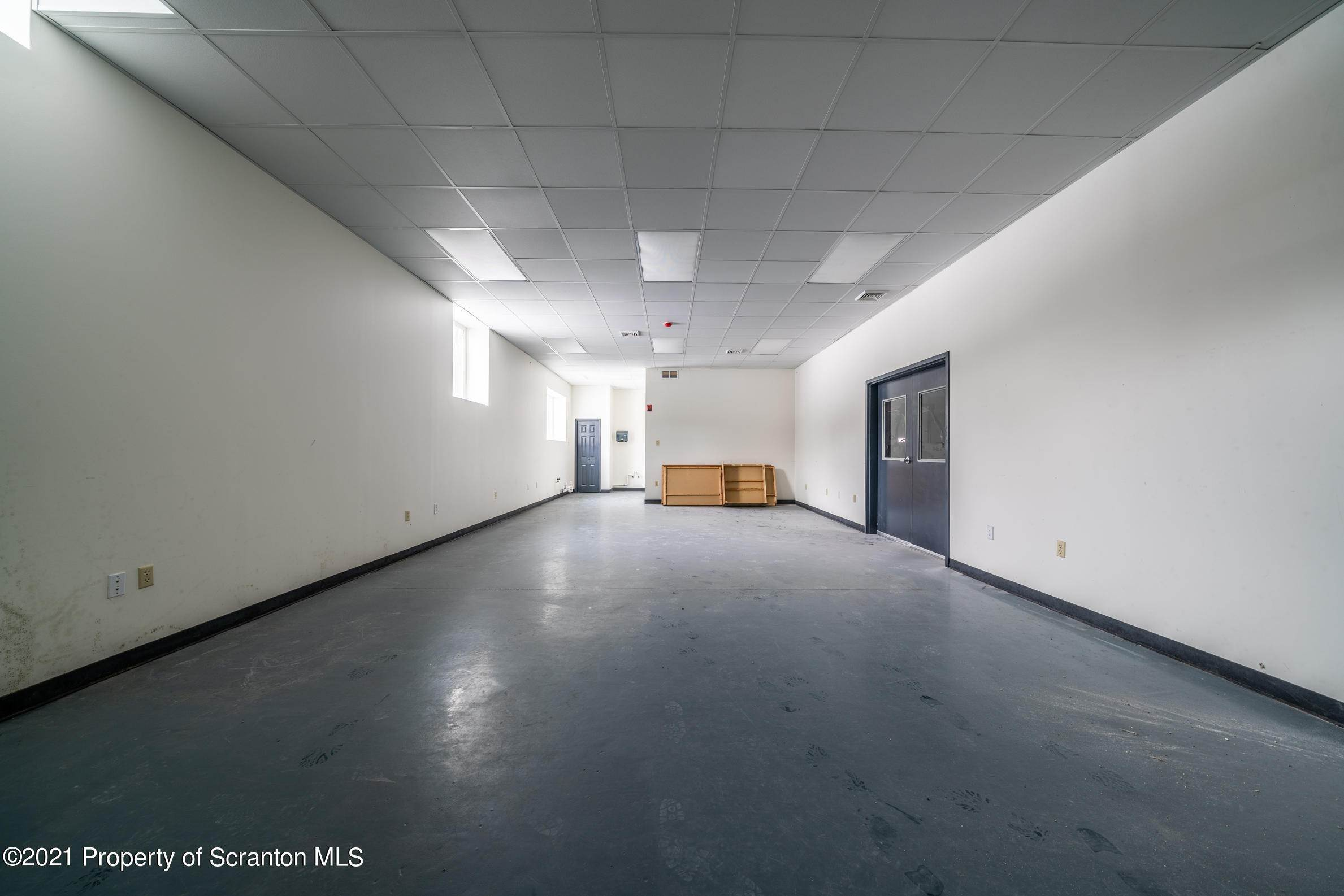60. Commercial for Sale at 683 Mountain Boulevard Mountain Top, Pennsylvania 18707 United States