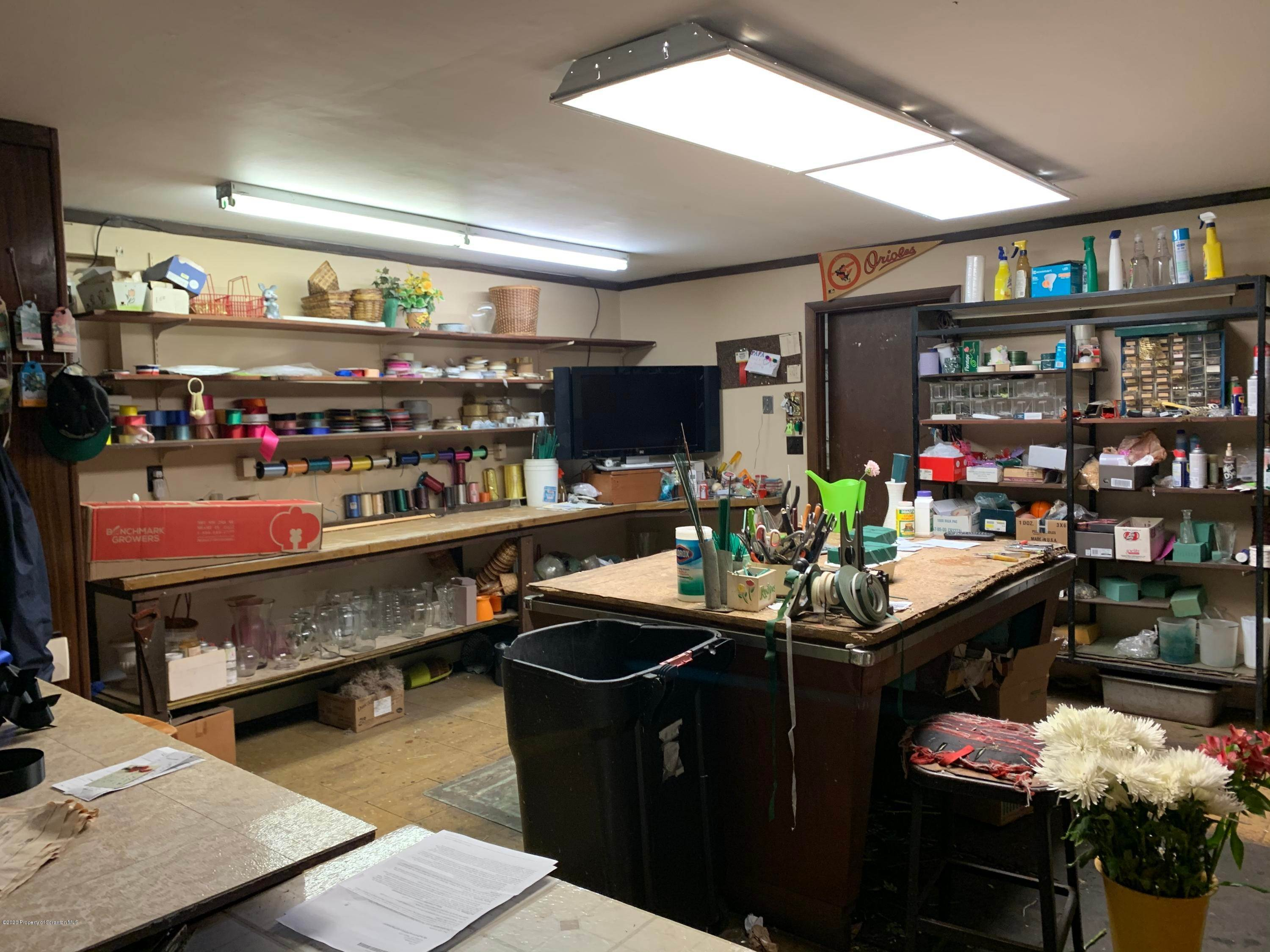 11. Commercial for Sale at 406 Main St Archbald, Pennsylvania 18403 United States
